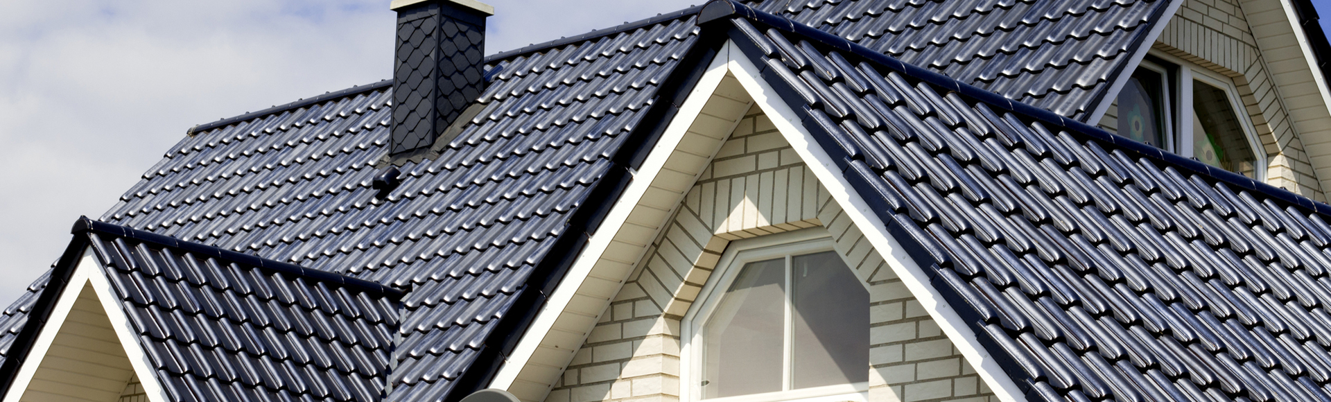 What Roofing Materials Should You Choose For Your Garland