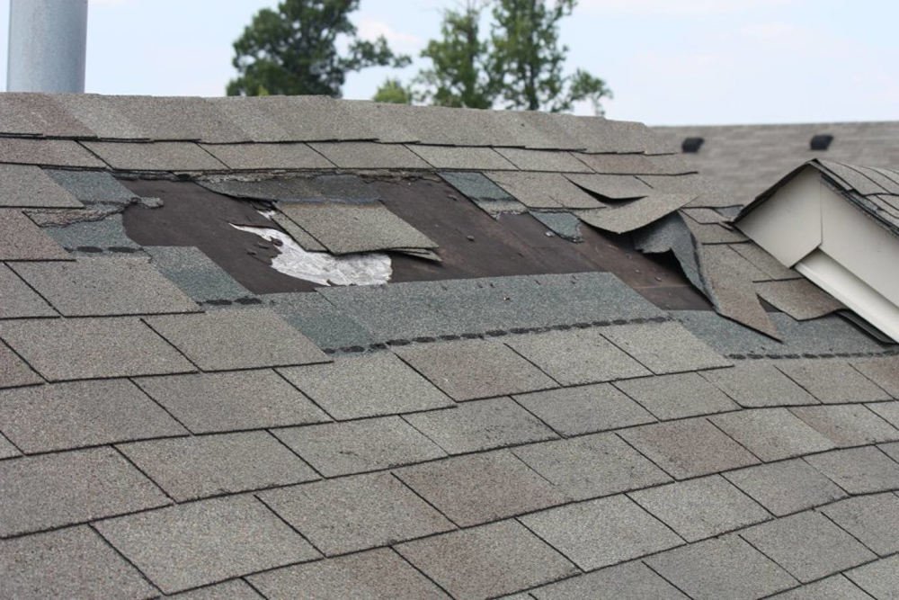 Missing Shingles After A Storm In Dallas Here S How To Replace Them